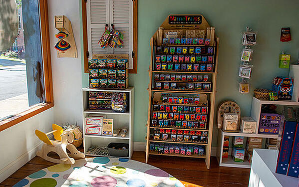 Mahalo-Kid-and-Baby-interior